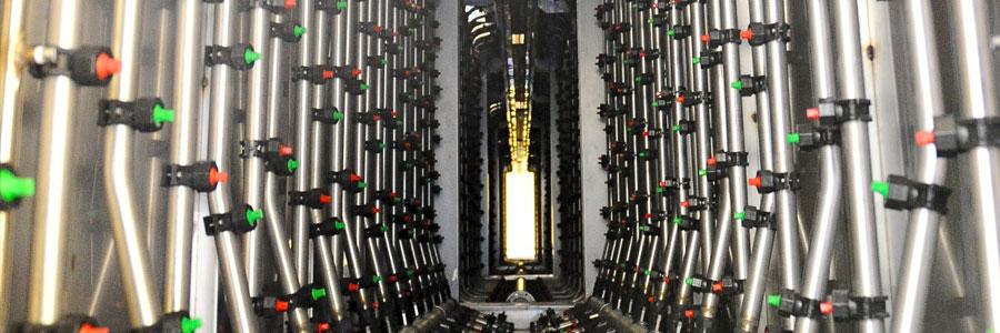 Intérieur du tunnel de lavage avec buses clarinettes - Avagliano